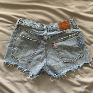 Levi's 501 shorts, size 26, color waveline